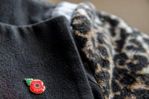 pins poppy