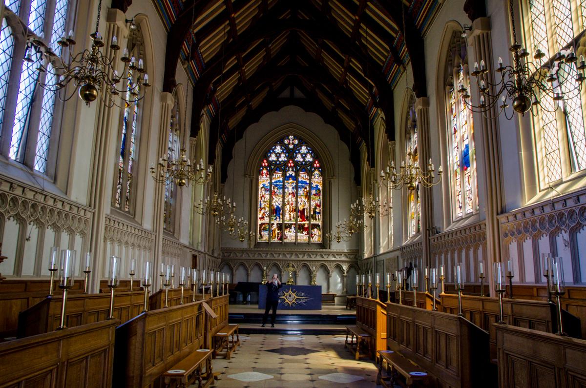 Intérieur d'une église